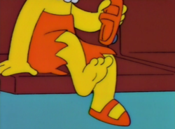Lisa three toes.png