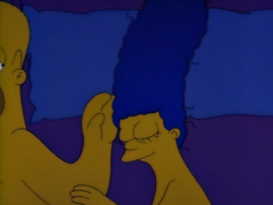 One Fish, Two Fish, Blowfish, Blue Fish Marge Homer.png