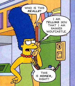 Marge Simpson Living.png