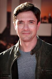 Topher Grace.jpg
